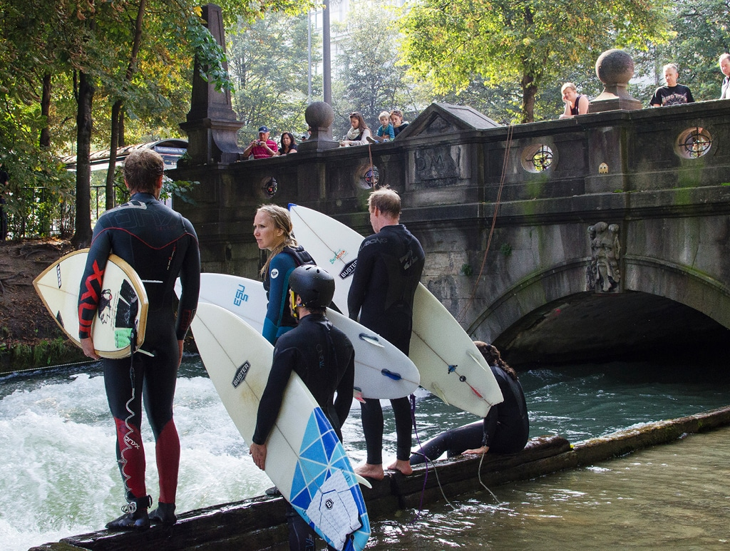 River Surfing on the Eisbach| Bearleader Chronicle No.60