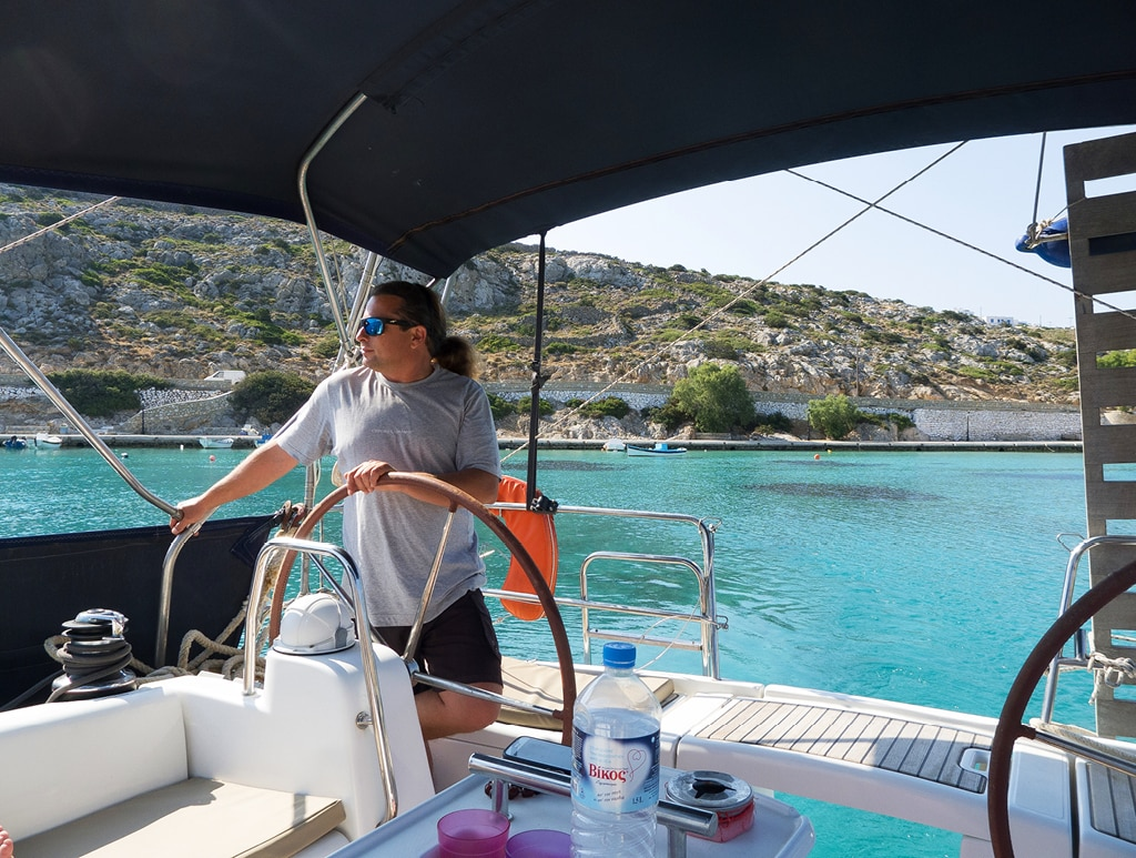 Bearleader No.72 | Sailing in the Cyclades Islands-08